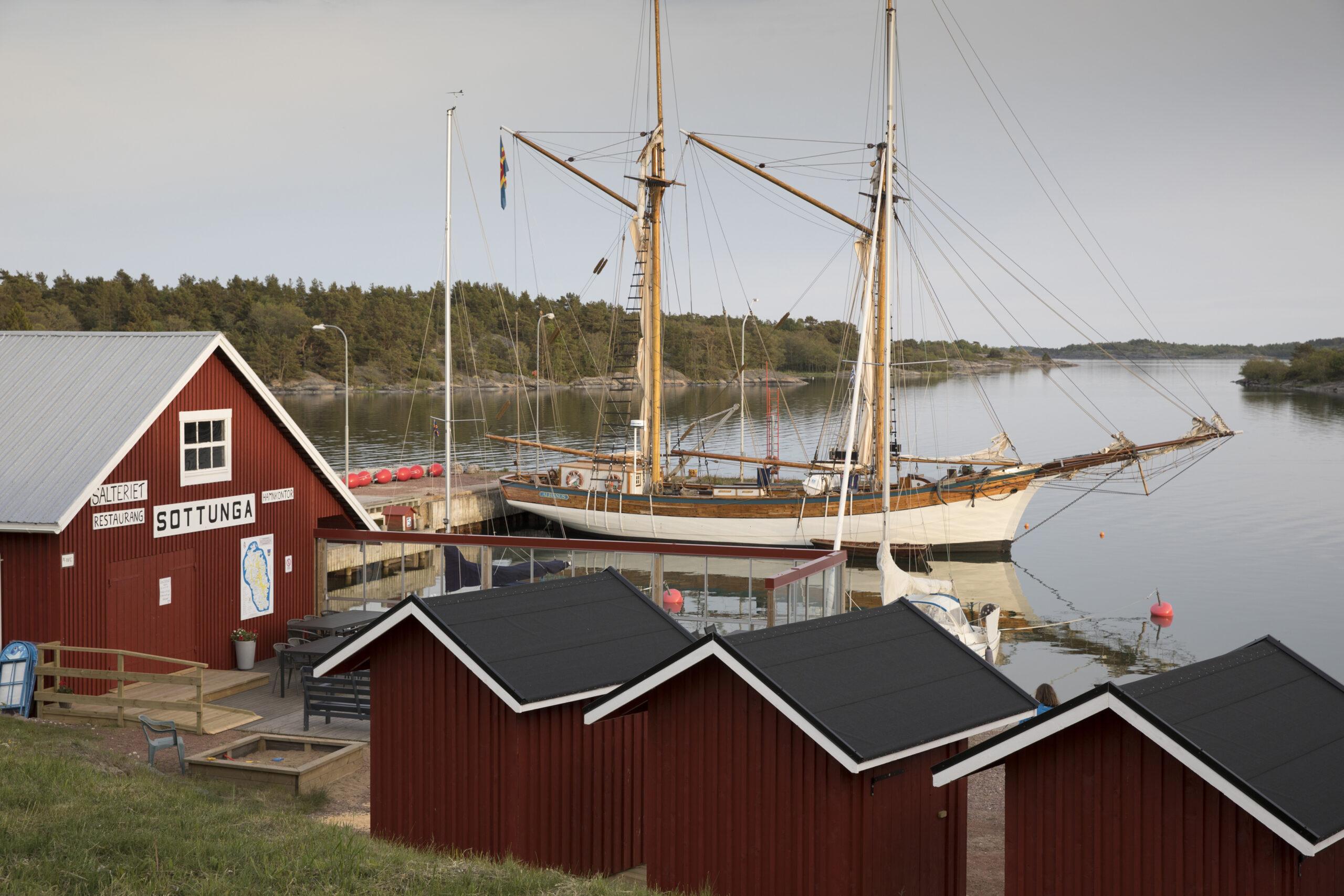 Sottunga harbour